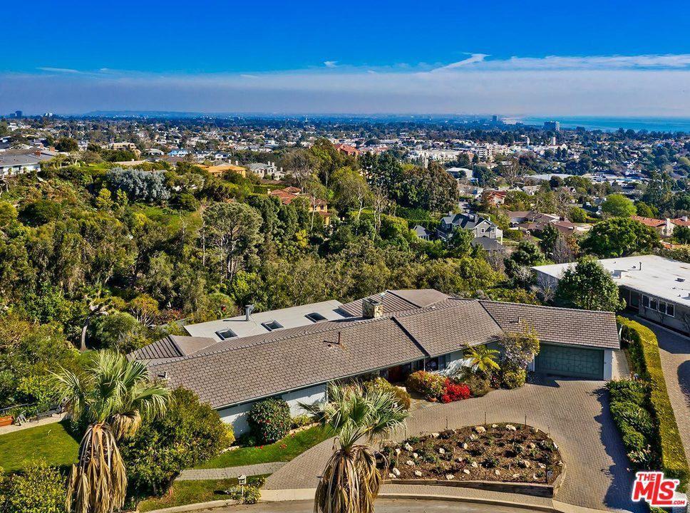 Photo of 16116 ANOKA Drive, Pacific Palisades, CA 90272 (MLS # 20558774)