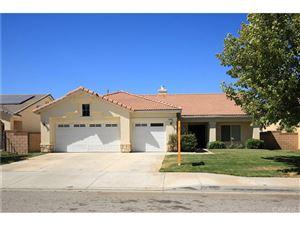 Photo of 2041 KALLIOPE Avenue, Lancaster, CA 93536 (MLS # SR18146775)