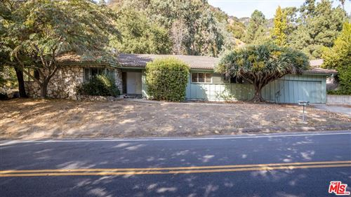 Photo of 3469 MANDEVILLE CANYON Road, Los Angeles , CA 90049 (MLS # 19529776)
