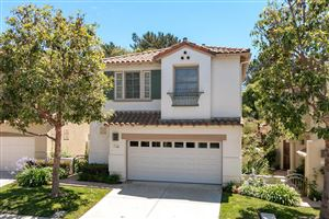 Photo of 930 CORTE AUGUSTA, Camarillo, CA 93010 (MLS # 218008777)