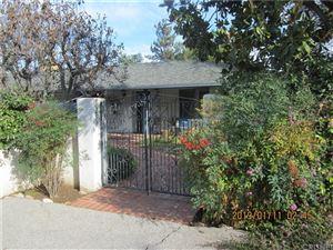 Photo of 5250 TOPEKA Drive, Tarzana, CA 91356 (MLS # SR19008777)