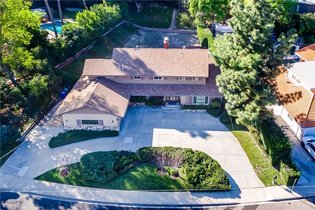 Photo of 20233 LORENZANA Drive, Woodland Hills, CA 91364 (MLS # SR20029777)