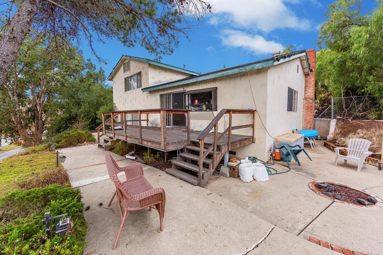 Photo of 1183 CALLE CONTENTO, Thousand Oaks, CA 91360 (MLS # 219014781)