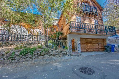 Photo of 20957 PUENTE Road, Woodland Hills, CA 91364 (MLS # 220001784)