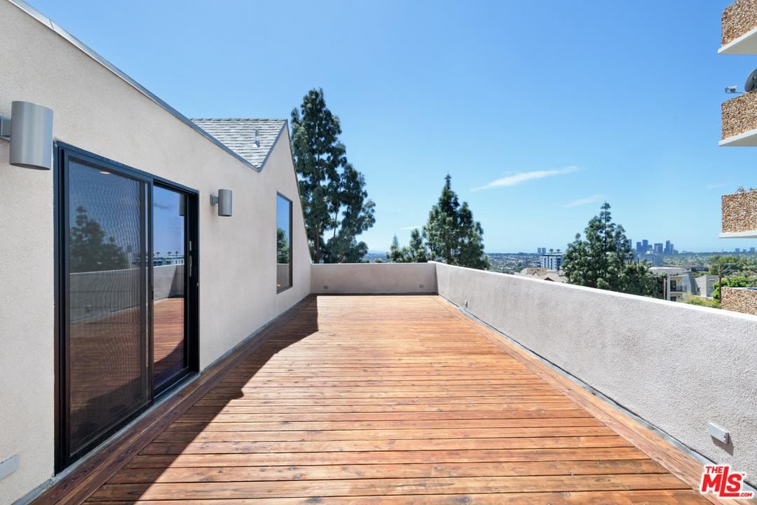 Photo for 8755 SHOREHAM Drive #403, West Hollywood, CA 90069 (MLS # 19536784)