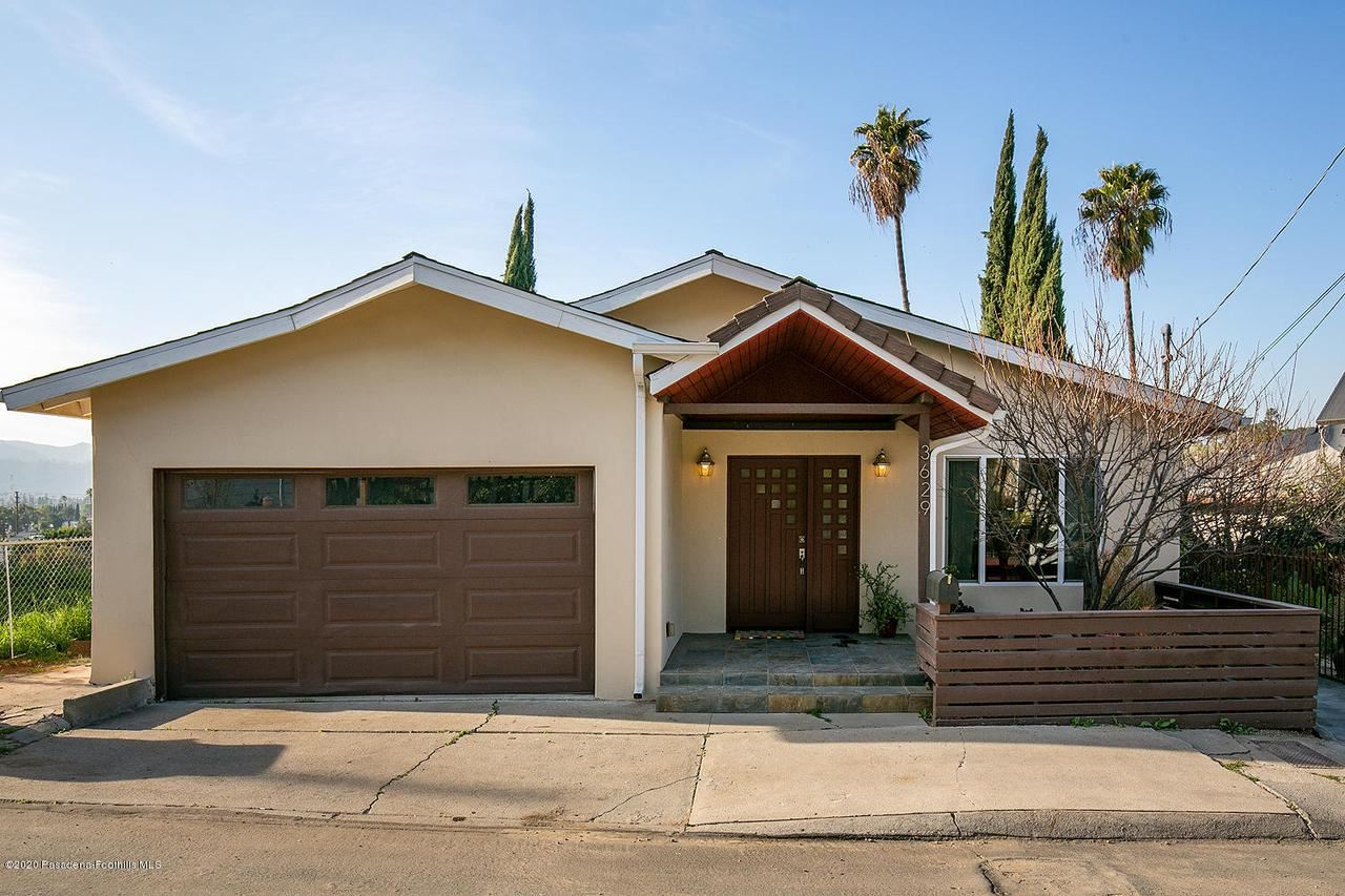 Photo of 3629 MIMOSA Drive, Los Angeles , CA 90065 (MLS # 820000785)