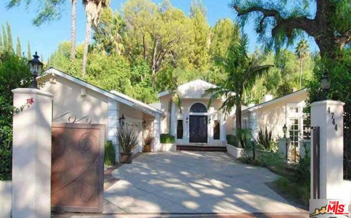 Photo of 4744 BALBOA Avenue, Encino, CA 91316 (MLS # 20556786)