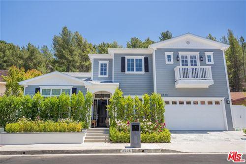 Photo of 2538 LA CONDESA Drive, Los Angeles , CA 90049 (MLS # 19494788)