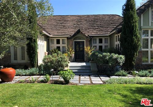 Photo of 236 South LARCHMONT Boulevard, Los Angeles , CA 90004 (MLS # 19459790)