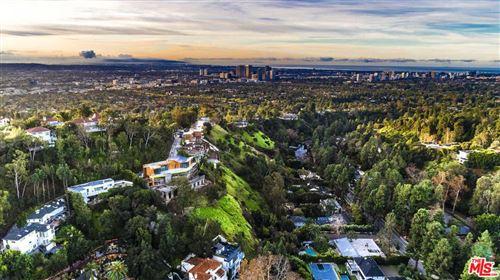 Photo of 9482 LLOYDCREST Drive, Beverly Hills, CA 90210 (MLS # 20551790)