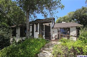 Photo of 1855 VERDUGO KNOLLS Drive, Glendale, CA 91208 (MLS # 319002792)