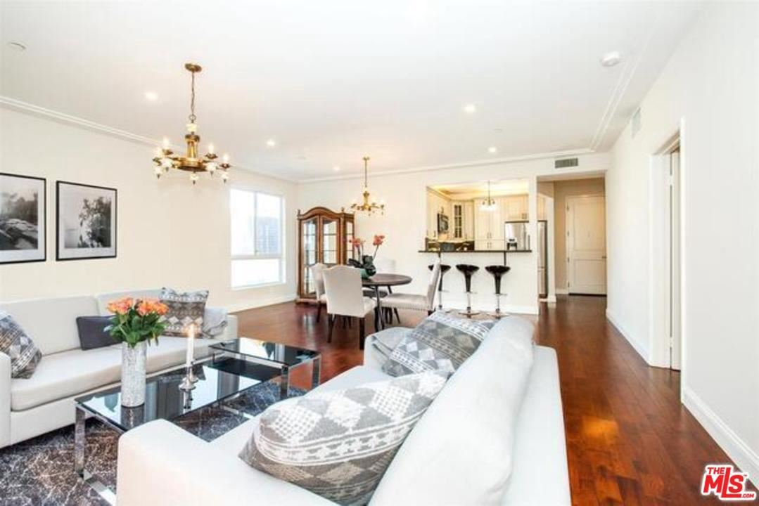 Photo of 117 South CLARK Drive #204, West Hollywood, CA 90048 (MLS # 20541792)