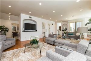Photo of 4788 ABARGO Street, Woodland Hills, CA 91364 (MLS # SR19213796)