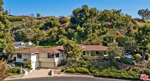 Photo of 1140 LAS LOMAS Avenue, Pacific Palisades, CA 90272 (MLS # 19522798)