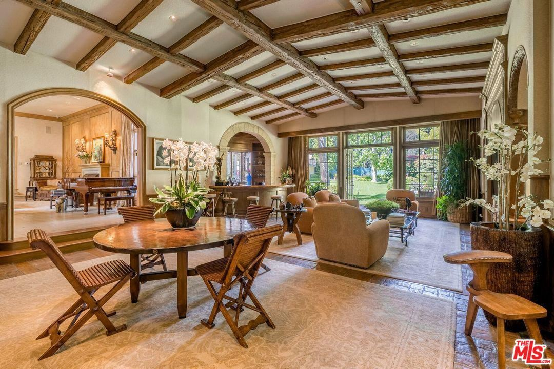 Photo of 1006 North REXFORD Drive, Beverly Hills, CA 90210 (MLS # 20567800)
