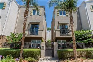 Photo of 5656 HAZELTINE Avenue, Valley Glen, CA 91401 (MLS # SR19211801)