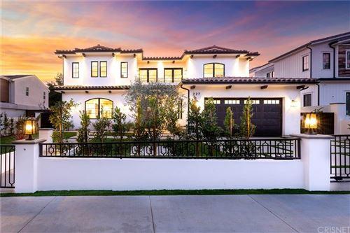 Photo of 227 VETERAN Avenue, Los Angeles , CA 90024 (MLS # SR20042801)