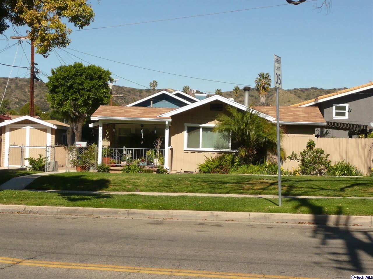 Photo of 1939 YOSEMITE Drive, Los Angeles , CA 90041 (MLS # 320000801)