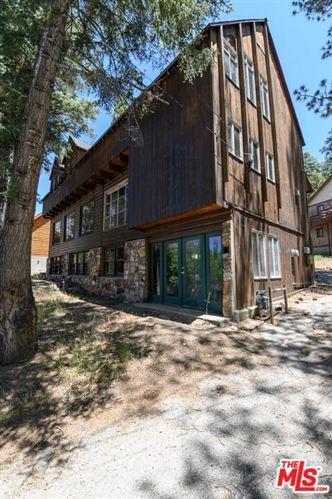 Photo of 43120 SILVER TIP Drive, Big Bear, CA 92315 (MLS # 19521802)
