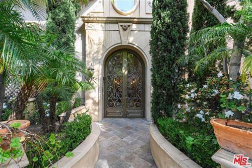 Photo of 1610 CAMDEN Avenue #302, Los Angeles , CA 90025 (MLS # 20544802)