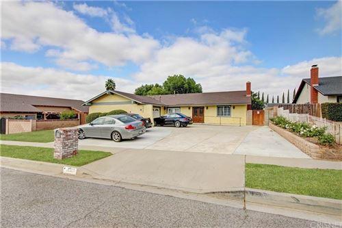 Photo of 2333 YOSEMITE Avenue, Simi Valley, CA 93063 (MLS # SR20018803)