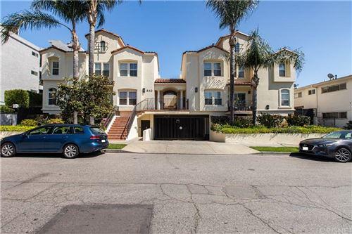 Photo of 640 North SWEETZER Avenue #6, Los Angeles , CA 90048 (MLS # SR20065806)