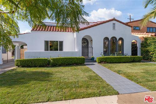 Photo of 585 North BRONSON Avenue, Los Angeles , CA 90004 (MLS # 19533810)