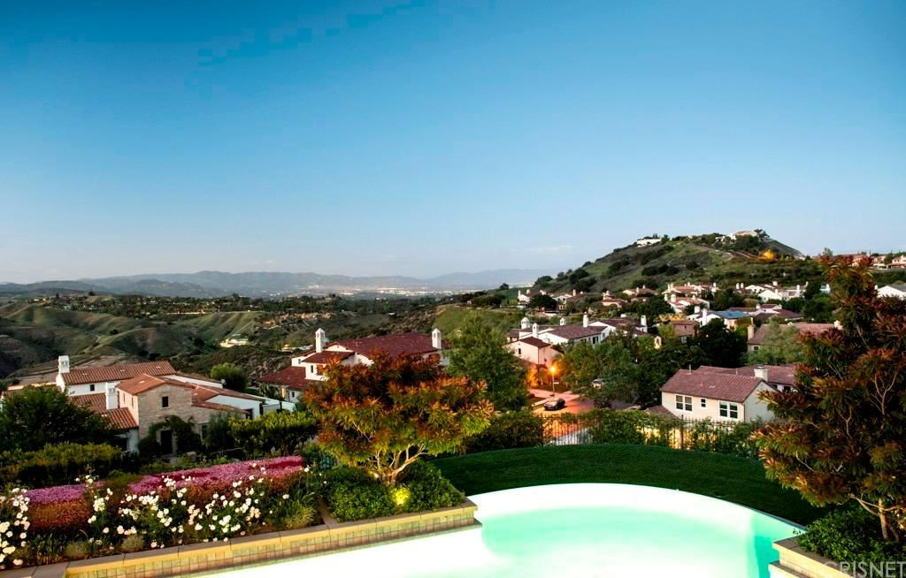 Photo of 25391 PRADO DE LAS PERAS, Calabasas, CA 91302 (MLS # SR20036812)