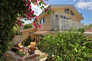 Photo of 2401 OLIVE Avenue, La Crescenta, CA 91214 (MLS # 819003813)