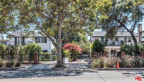 Photo of 12400 MAGNOLIA, Valley Village, CA 91607 (MLS # 19517816)