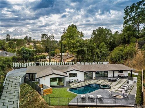 Photo of 4625 MALEZA Place, Tarzana, CA 91356 (MLS # SR19265818)