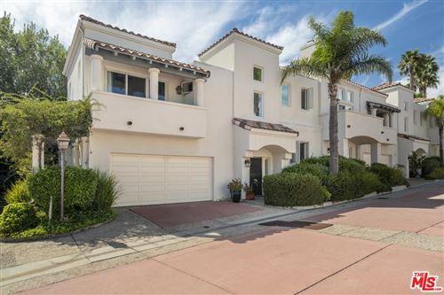 Photo of 6435 ZUMIREZ Drive #20, Malibu, CA 90265 (MLS # 20544820)