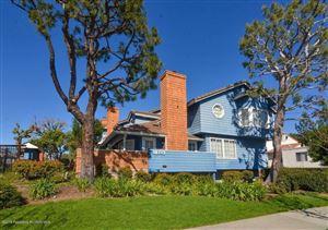 Photo of 18713 HATTERAS Street #3, Tarzana, CA 91356 (MLS # 818000820)