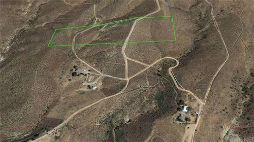 Photo of 1 VAC/VIC BRIGGS RD/1/2 MI S AVE, Agua Dulce, CA 91390 (MLS # SR20013822)
