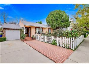 Photo of 6926 WYSTONE Avenue, Reseda, CA 91335 (MLS # SR18064823)