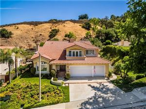 Photo of 22335 CAIRNLOCH Street, Calabasas, CA 91302 (MLS # SR19189823)