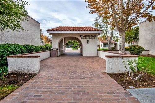 Photo of 25007 PEACHLAND Avenue #120, Newhall, CA 91321 (MLS # SR19277823)