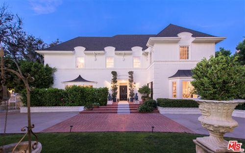 Photo of 626 North CAMDEN Drive, Beverly Hills, CA 90210 (MLS # 18396826)