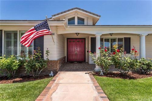 Photo of 28824 SILKWOOD Court, Saugus, CA 91390 (MLS # SR20002826)