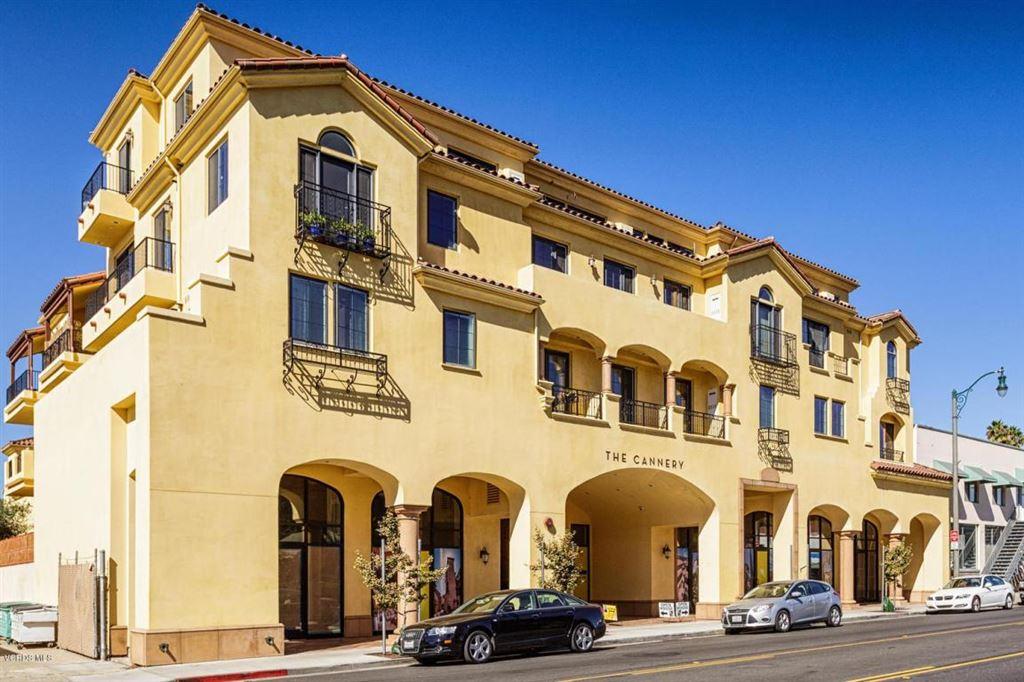 Photo for 130 North North GARDEN Street #1209, Ventura, CA 93001 (MLS # 217012830)