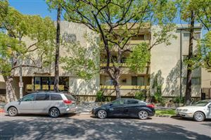 Photo of 320 South GRAMERCY Place #205, Los Angeles , CA 90020 (MLS # 818001833)