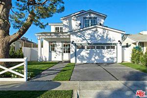 Photo of 2520 GRANVILLE Avenue, Los Angeles , CA 90064 (MLS # 18334834)