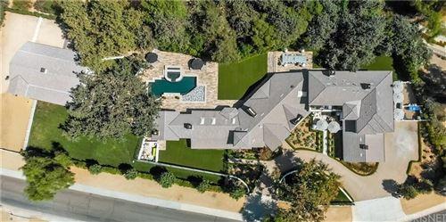 Photo of 5330 JED SMITH Road, Hidden Hills, CA 91302 (MLS # SR20003834)