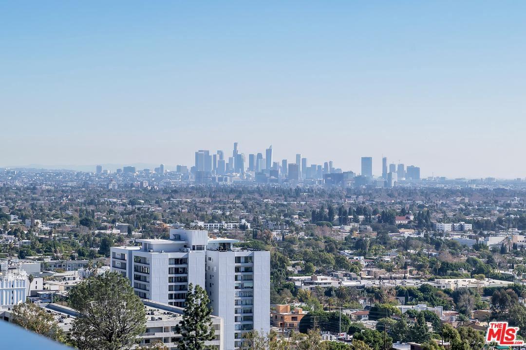 Photo of 8787 SHOREHAM Drive #1108, West Hollywood, CA 90069 (MLS # 20542834)