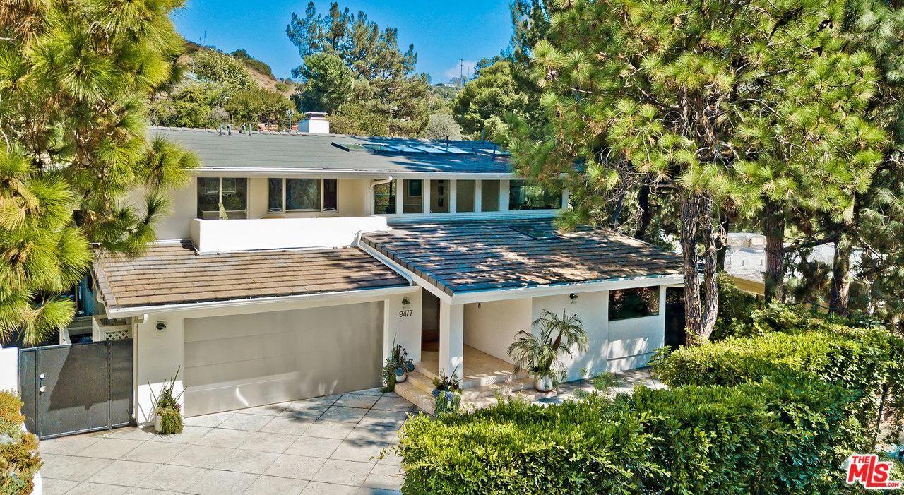 Photo of 9477 REMBERT Lane, Beverly Hills, CA 90210 (MLS # 20551834)