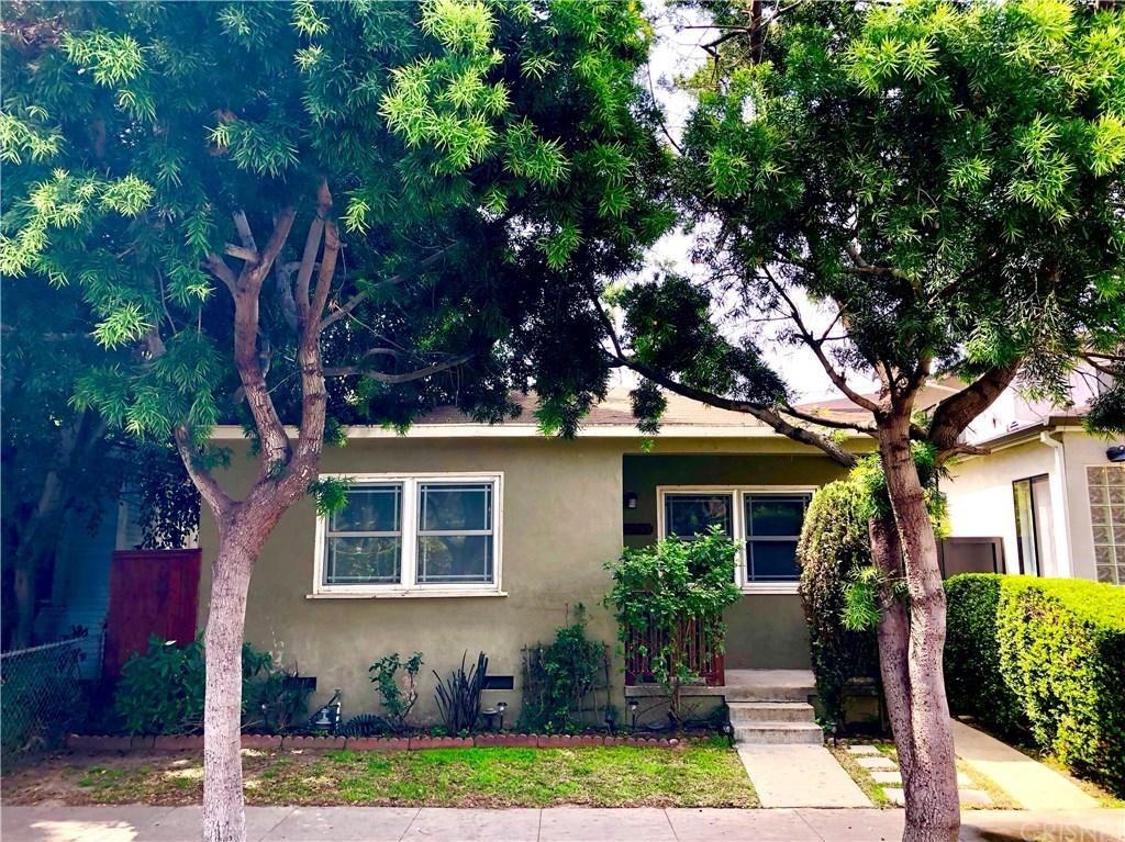 Photo of 2353 BEACH Avenue, Venice, CA 90291 (MLS # SR20012836)