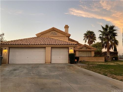 Photo of 5001 CLARO Way, Palmdale, CA 93551 (MLS # SR19271837)