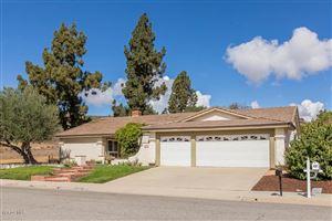 Photo of 9 FALLEN OAKS Drive, Thousand Oaks, CA 91360 (MLS # 218012838)