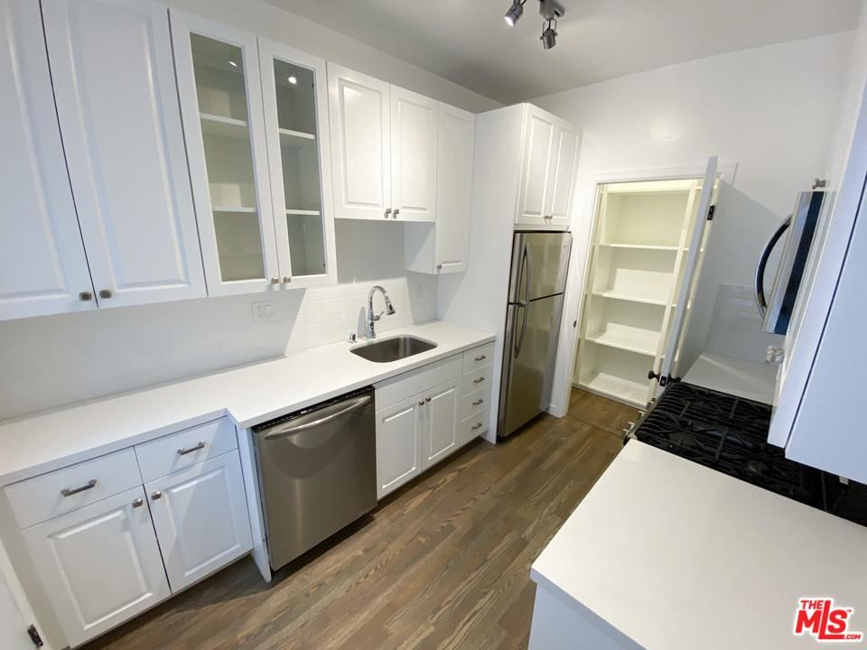 Photo for 8491 FOUNTAIN Avenue #A, West Hollywood, CA 90069 (MLS # 19536838)
