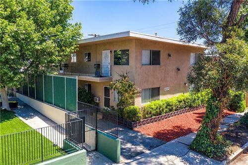 Photo of 21317 COSTANSO Street, Woodland Hills, CA 91364 (MLS # SR19274839)